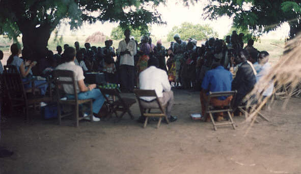 3_Outdoor_Bible_School_Malawi